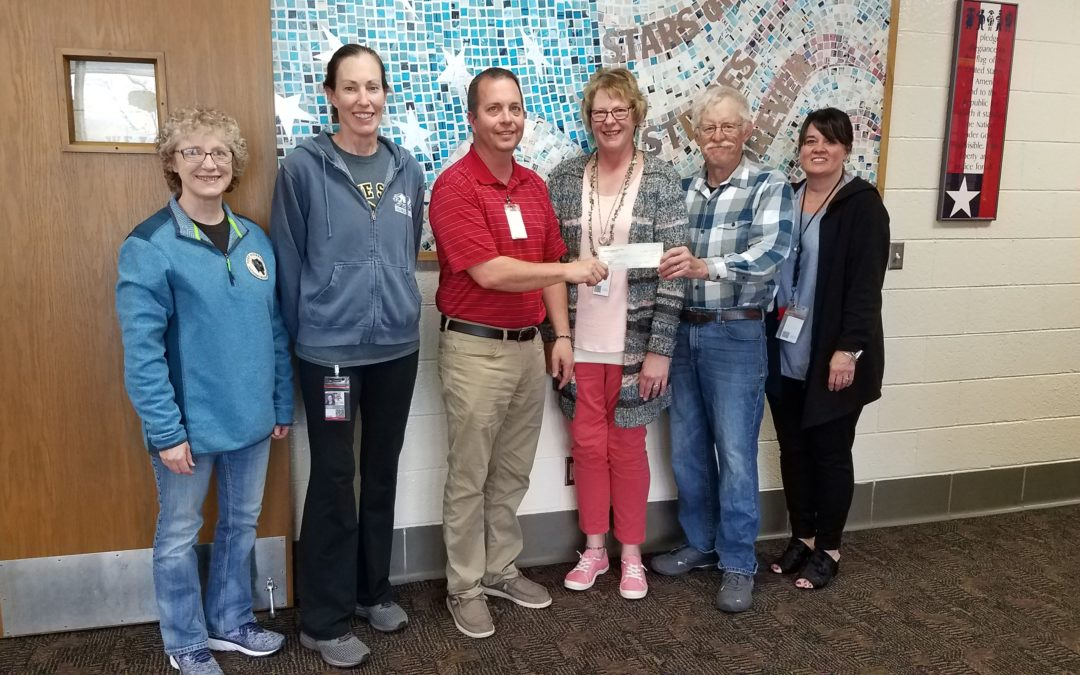 Valentine Middle School Receives Donation.