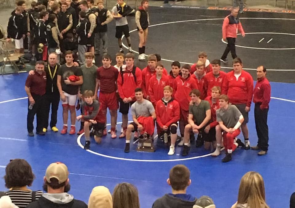 Badgers Place 2nd at State Duals