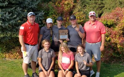 Lady Badgers Place 2nd at District Golf